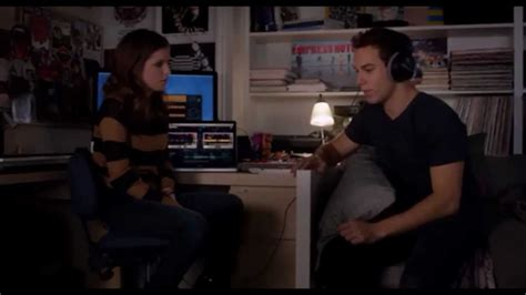 Pitch Perfect - Beca explains DJing and Jesse makes her