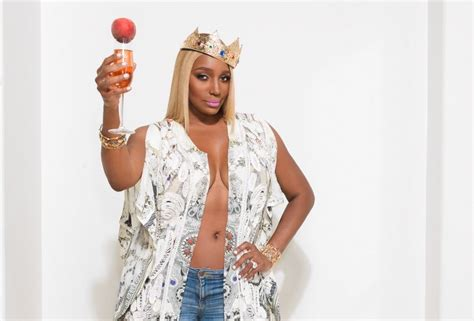 She's Back! NeNe Leakes Announces 'Real Housewives Of
