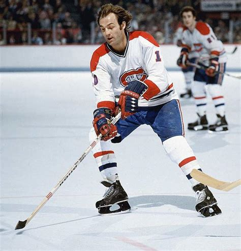 Canadiens great Guy Lafleur has surgery to remove lobe on