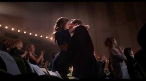Pitch Perfect - Beca and Jesse finally kissing - german