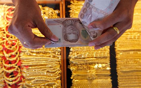 How to Buy Real Jewelry in Asia | Travel + Leisure