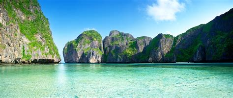 Phi Phi Islands Pictures | Photo Gallery of Phi Phi
