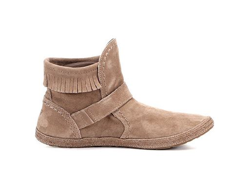 A Complete Guide to UGG Boots   eBay